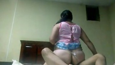 Desi BBW big ass cheating aunty fuck neighbor and ride at lund