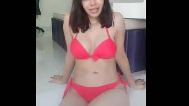 Desi beautiful girl very hot photoshoot