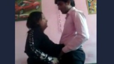 Desi muslim aunty fuck his bf