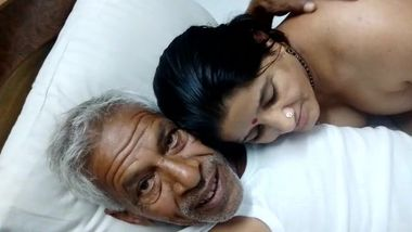 Naughty mature DESI couple latest MMS XXX video