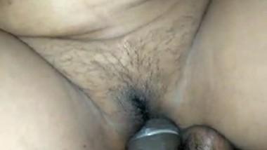 Desi bhabi tight pussy fucking