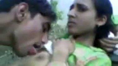 Desi village bhabhi's outdoor sex with her neighbor