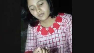 Bangladeshi Beautiful Village Girl Showing And Horny Moaning