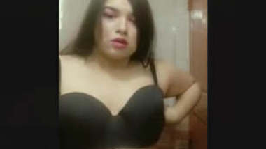 Bangladeshi Super Sexy Girl With Bangla Talk ( Dekh Dud Gula Koto Boro Hoise )