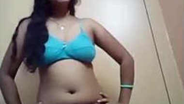 Indian model takes camera and films her XXX body slowly stripping