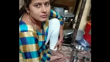 The model name is sani bhagat she is from mumbai and she is very hot
