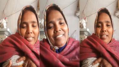 Village Real Dehati Bhabhi Intense Video Call With boyfriend