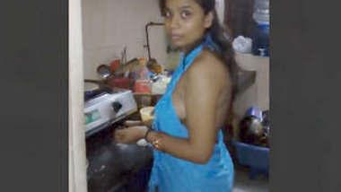 Sexy Desi Bhabhi Blowjob 1 more Clip