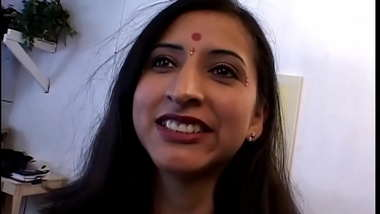 Indian wife wants to get her first double penetration, so husband invites the neighbor to help