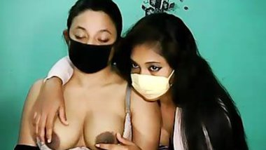 Lesbians have Desi XXX fun even when there is an epidemic situation